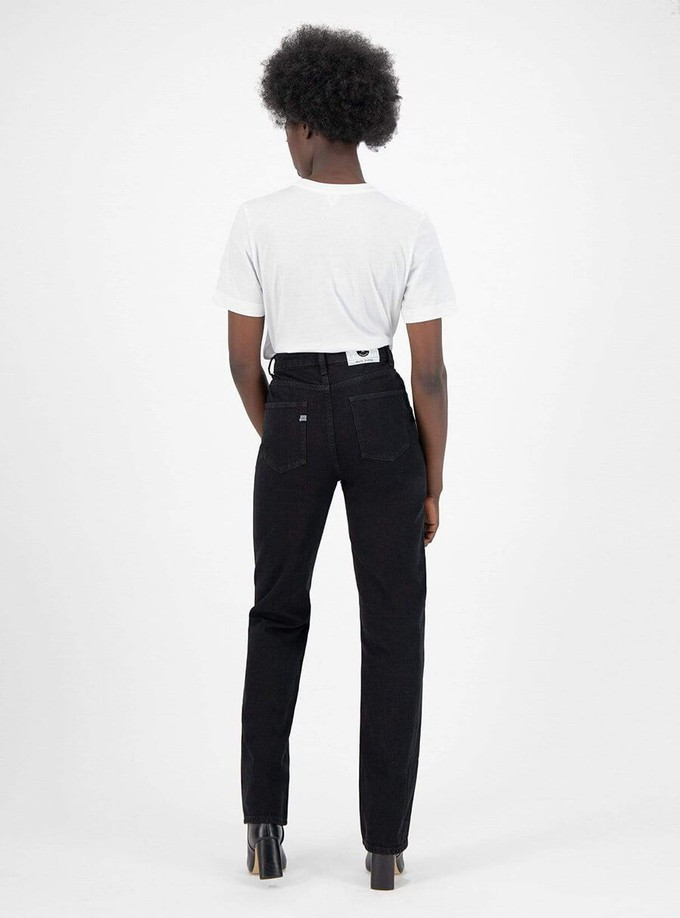 Relax Rose sustainable jeans by Studio Jux